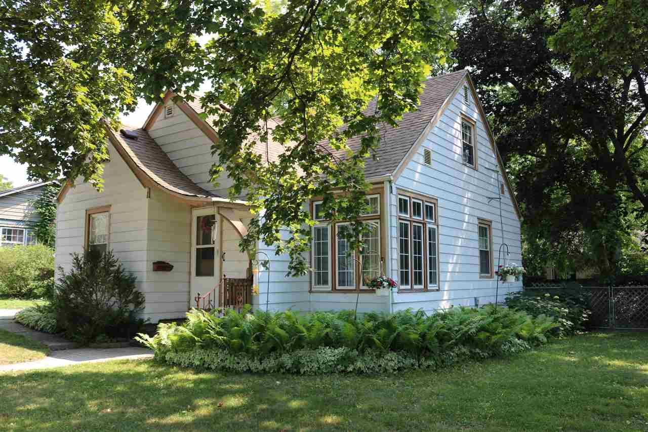 f_1916196 Our Listings at Best Realty of Edgerton