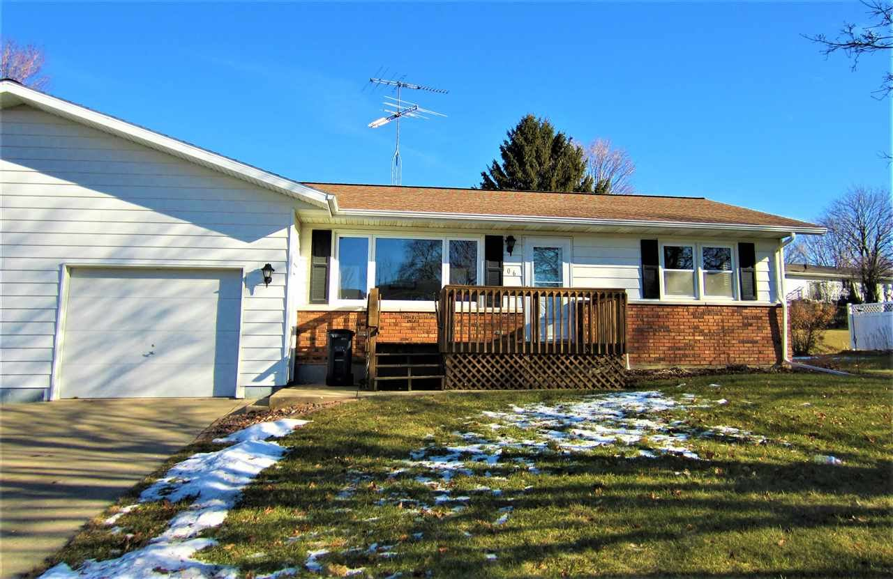 106 25th Ave, Monroe, WI 53566 - #: 1872197