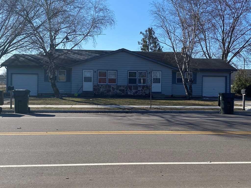 1333-1337 Buena Vista Dr, Sun Prairie, WI 53590 - #: 1905202