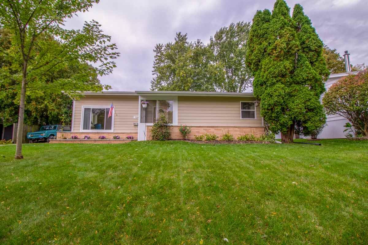 518 Rushmore Ln, Madison, WI 53711 - #: 1895204