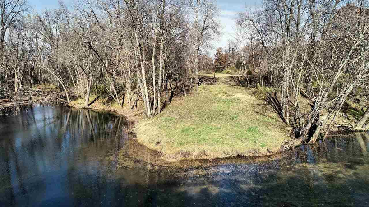 Photo for 3355 Hwy 13, Wisconsin Dells, WI 53965 (MLS # 1896204)
