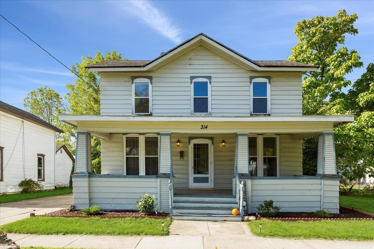 314 Center Ave, Janesville, WI 53545 - #: 1922204