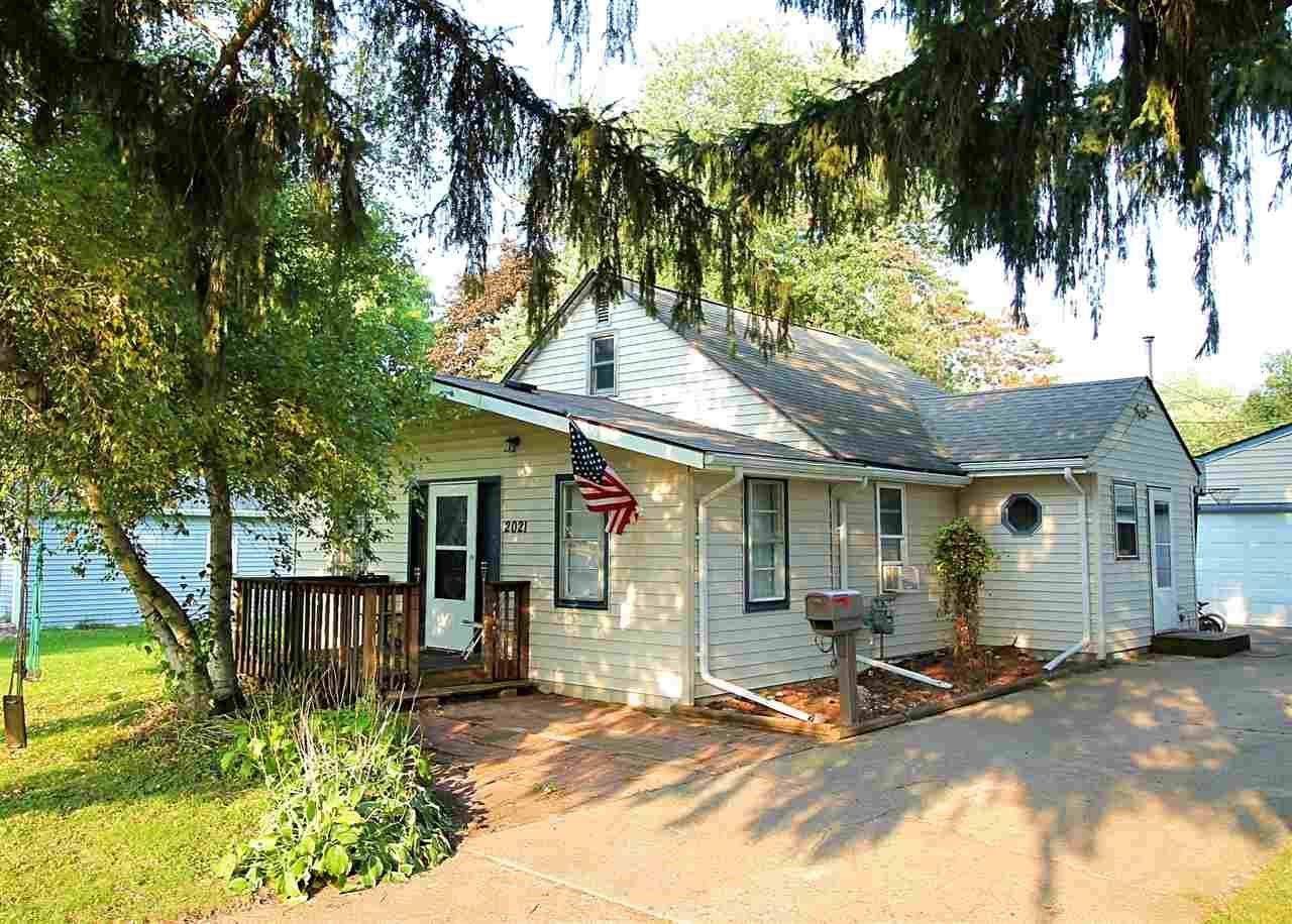 2021 Adel St, Janesville, WI 53546 - #: 1894207
