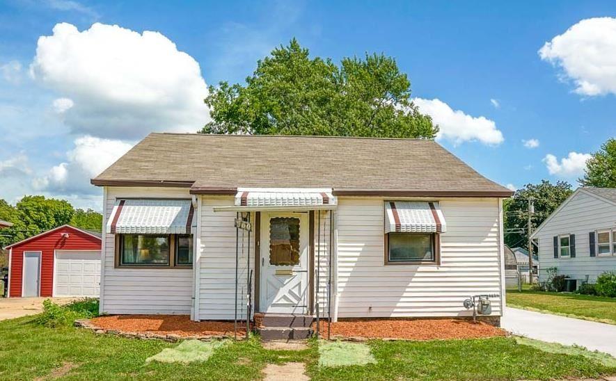 560 N Oakhill Ave, Janesville, WI 53548 - #: 1918208