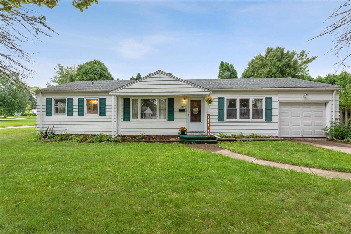 1810 Axel Ave, Madison, WI 53711 - #: 1919210