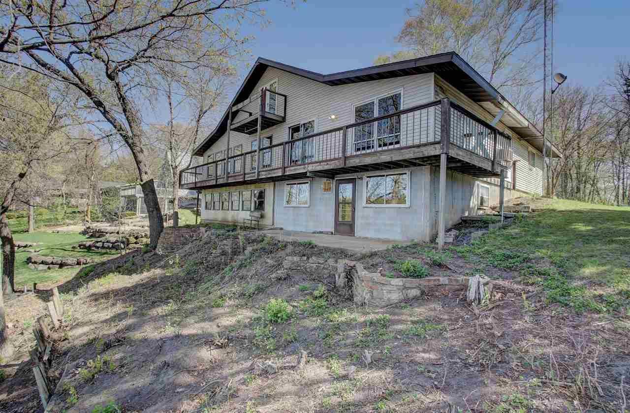 N2386 Trails End Rd, Lodi, WI 53555 - #: 1906211