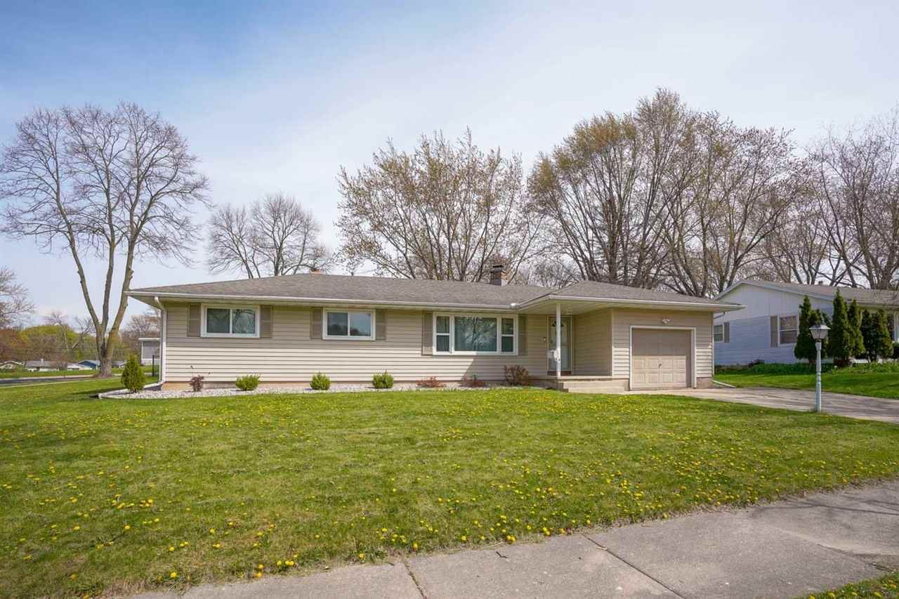 4602 Goldfinch Dr, Madison, WI 53714 - MLS#: 1908212