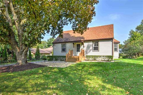 Photo of 930 Northport Dr, Madison, WI 53704 (MLS # 1894214)