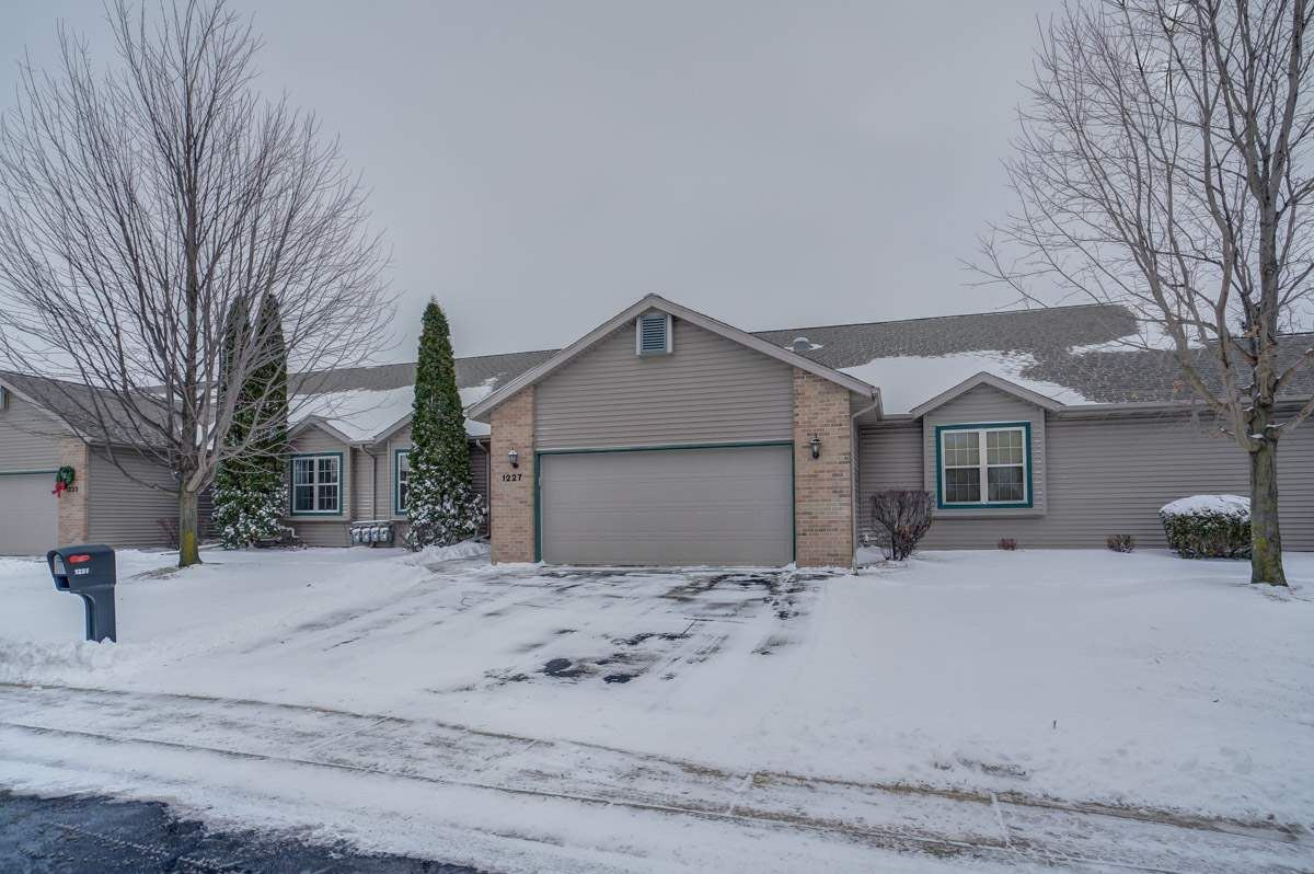 1227 Sawyer Way #6, Sun Prairie, WI 53590 - #: 1874214