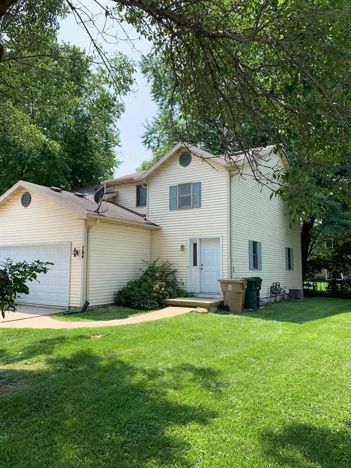 702 N Thompson Dr, Madison, WI 53704 - #: 1864215