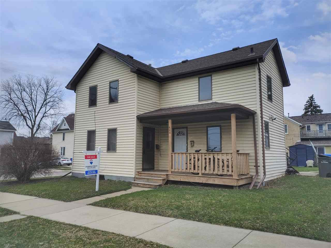 600 E Cady St, Watertown, WI 53094 - #: 1902215