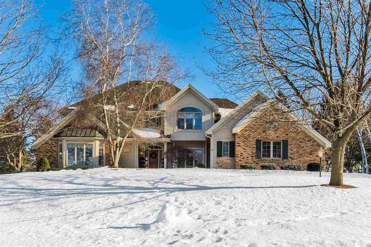 3052 Oak Leaf Cir, Fitchburg, WI 53711 - #: 1903215