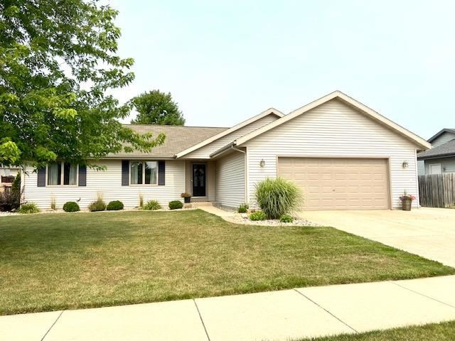 3239 N Wright Rd, Janesville, WI 53546 - #: 1915217