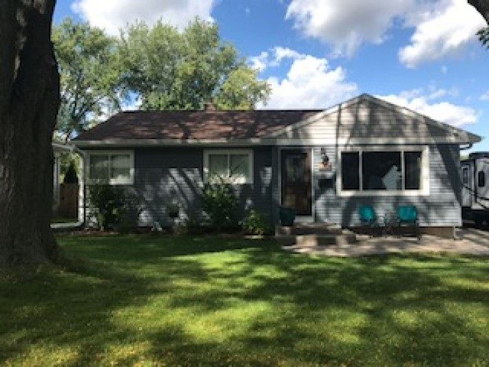 Photo for 1414 Iowa Dr, Madison, WI 53704 (MLS # 1872219)