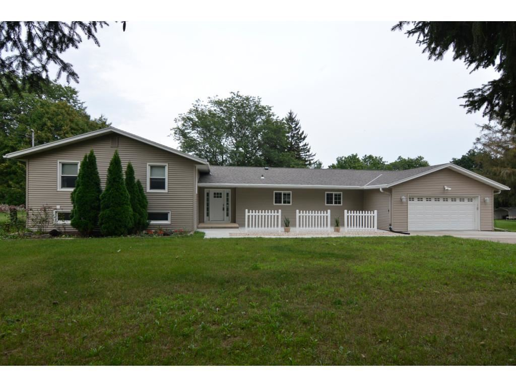 2420 County Road MM, Fitchburg, WI 53575 - #: 1917219