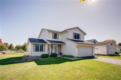 Photo of 424 Bentwood Dr, Marshall, WI 53559 (MLS # 1896220)