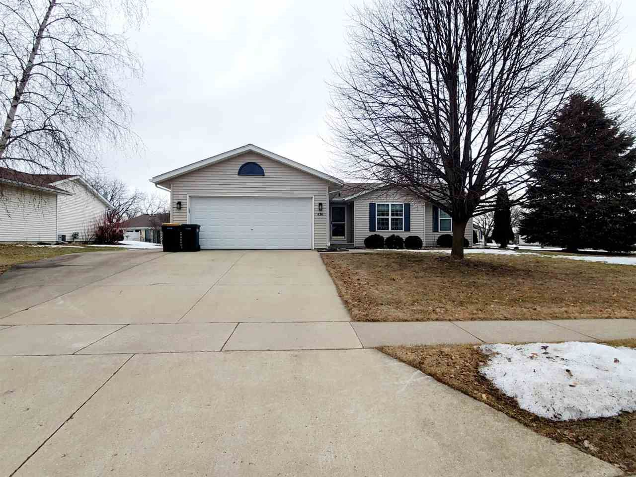 436 Meadowview Ln, Marshall, WI 53559 - #: 1879221