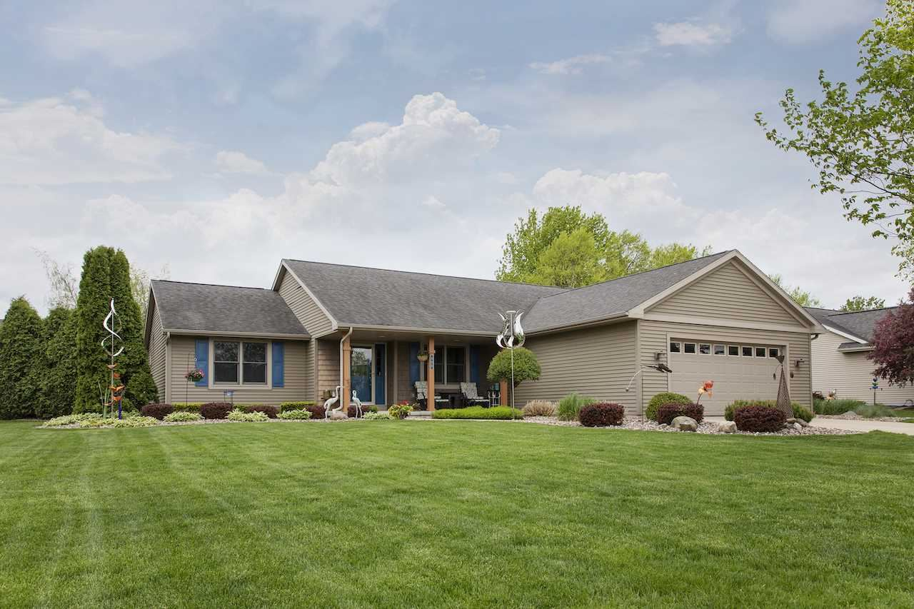 355 Cherokee Ln., Fort Atkinson, WI 53538-3006 - #: 1884222