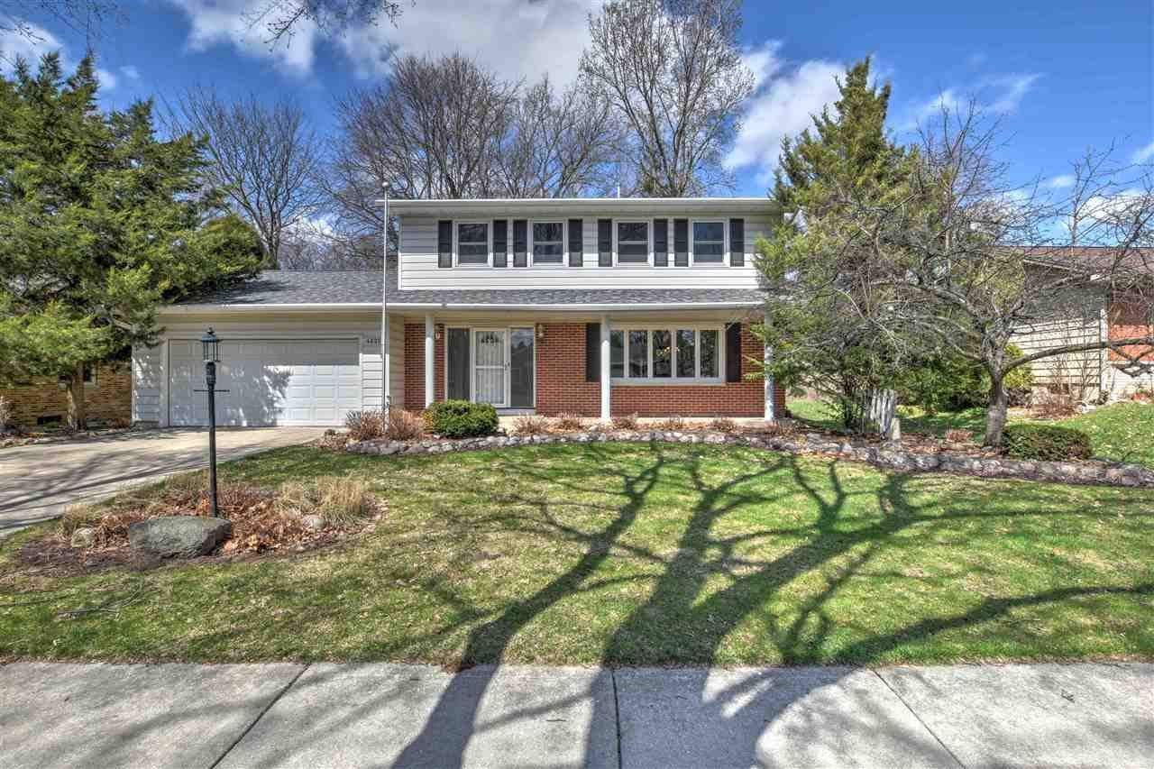 Photo for 4622 Anniversary Ln, Madison, WI 53704 (MLS # 1881225)