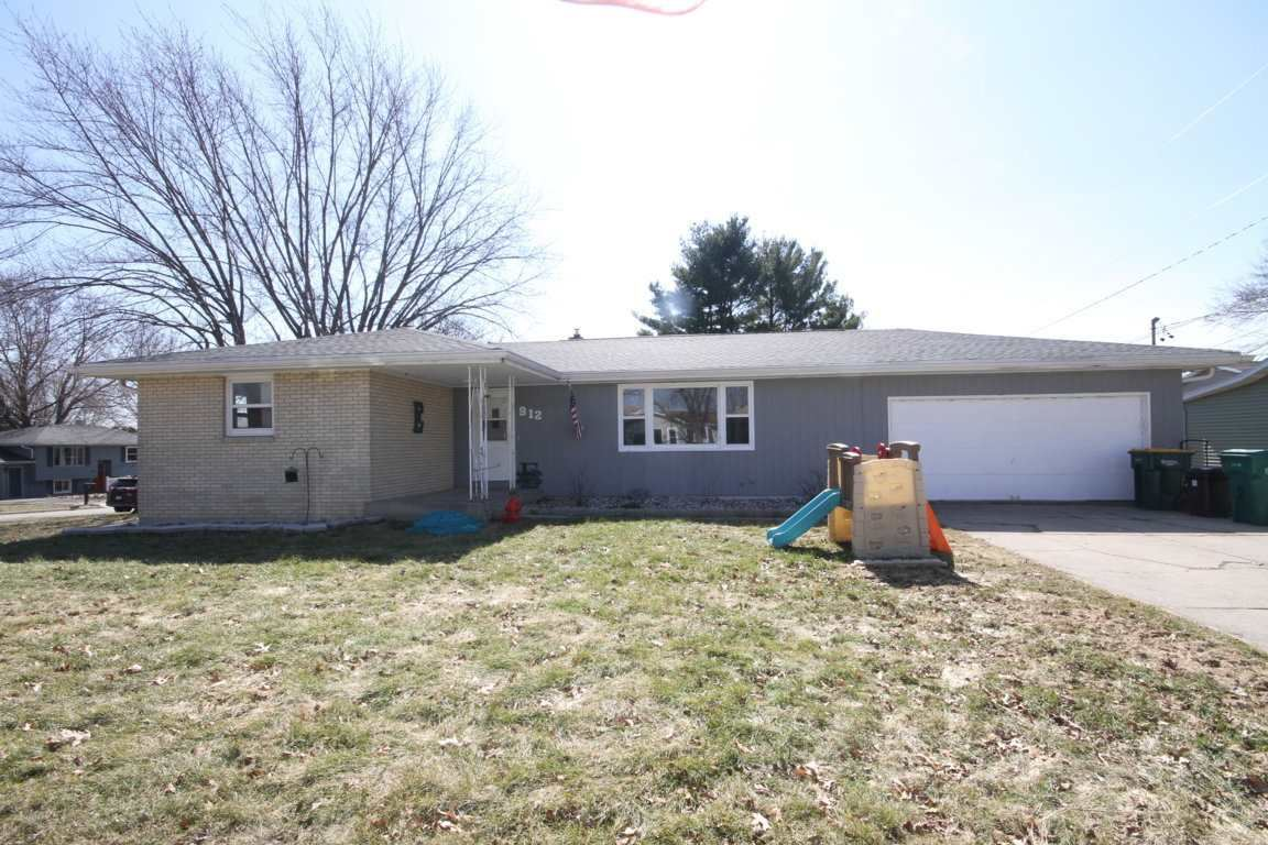 912 Mildred Ave, Edgerton, WI 53534 - #: 1879227