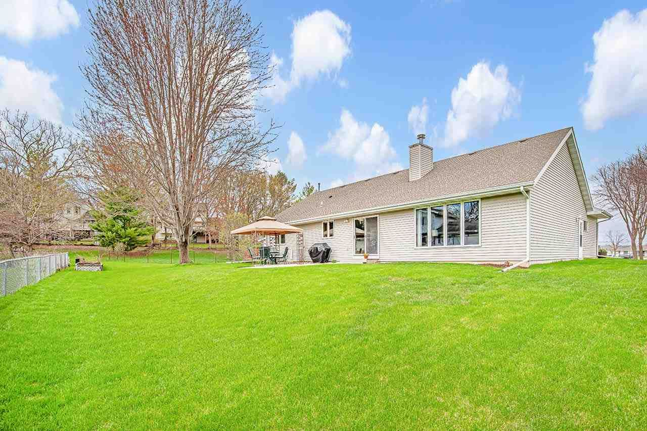 5012 WENTWORTH CIR, McFarland, WI 53558 - #: 1906229