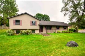 Photo of 42 Braeger Dr, Fitchburg, WI 53713 (MLS # 1866231)