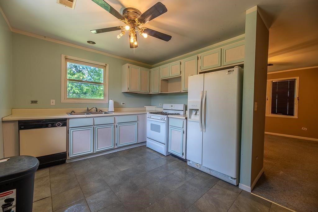 f_1911233_01 Real Estate in 53534 zip code