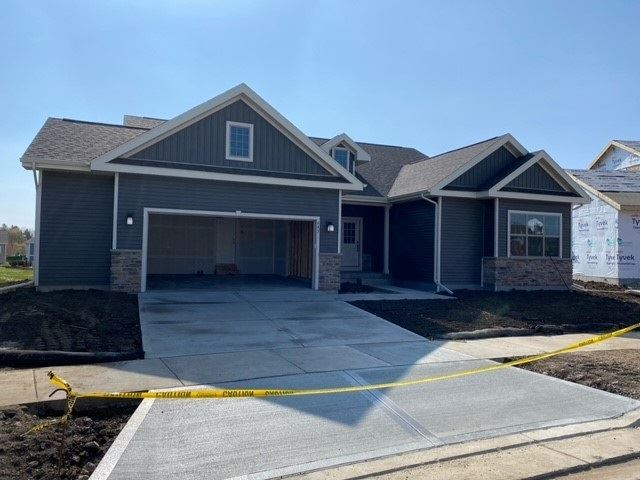 645 Burnt Sienna Dr, Middleton, WI 53562 - #: 1897236
