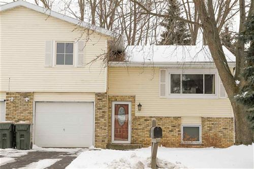 Photo of 203 Tower Dr, Sun Prairie, WI 53590 (MLS # 1875238)