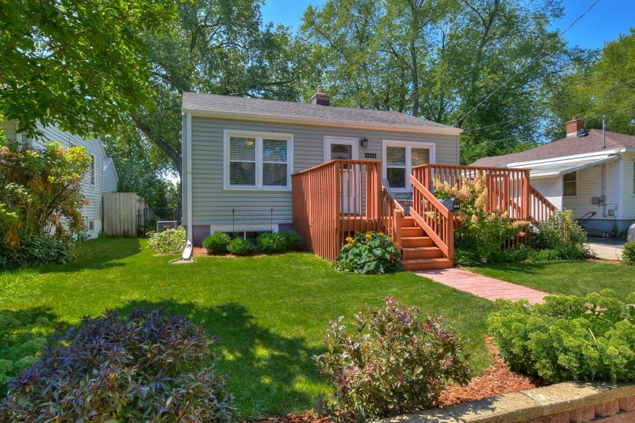 Photo for 3413 Hargrove St, Madison, WI 53714 (MLS # 1918238)