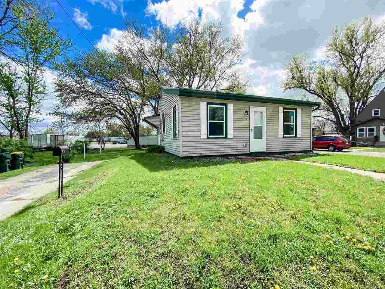 616 Lucky St, Reedsburg, WI 53959 - #: 1908241