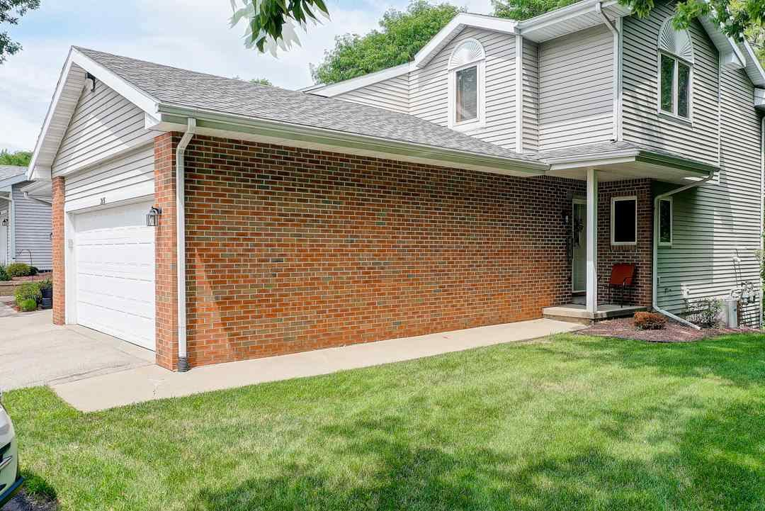 215 Creek Edge Ct, Waunakee, WI 53597 - MLS#: 1889242