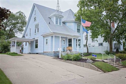 Photo of 526 Prospect Ave, Portage, WI 53901 (MLS # 1893243)