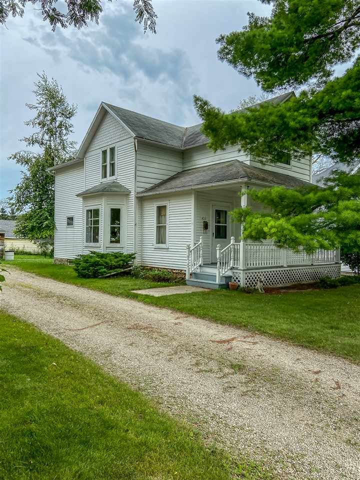 403 Healy Ave, Beaver Dam, WI 53916 - #: 1889245