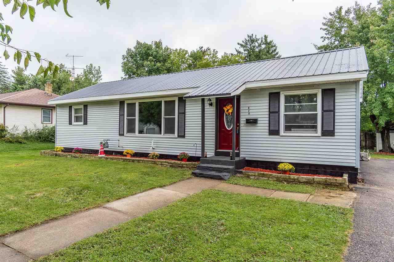 626 N Oak St, Reedsburg, WI 53959 - #: 1893245