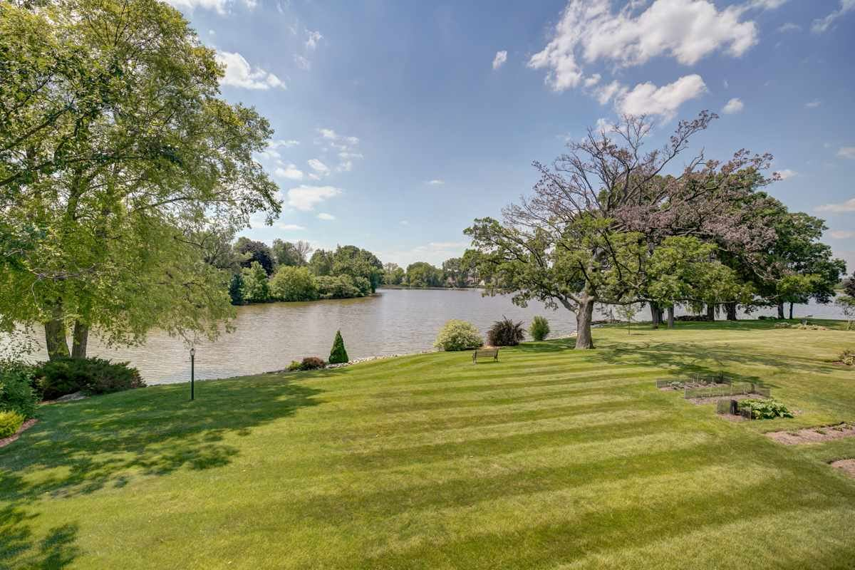 578 Riverview Dr, Marshall, WI 53559 - #: 1886247