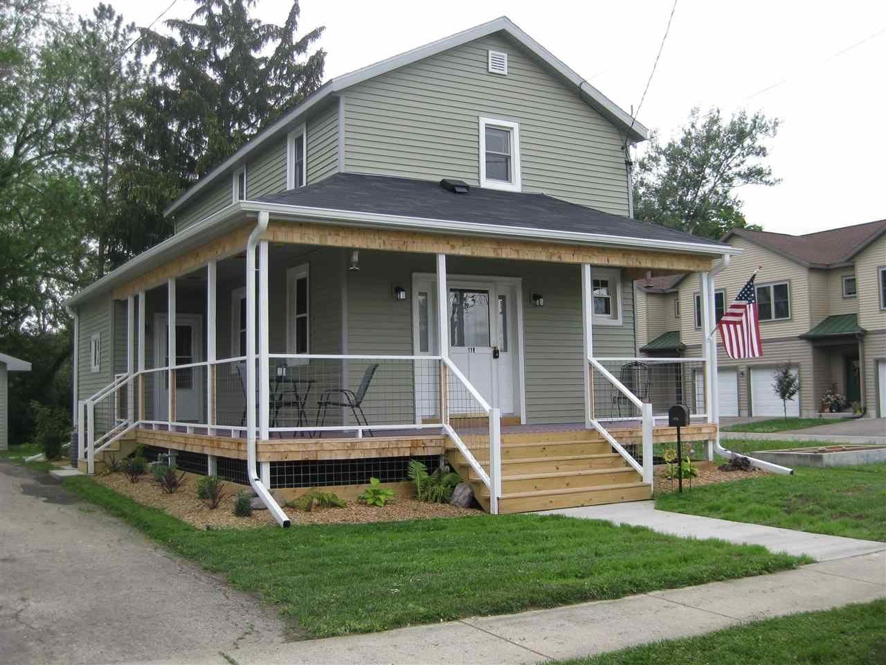 f_1913247 Real Estate in 53534 zip code