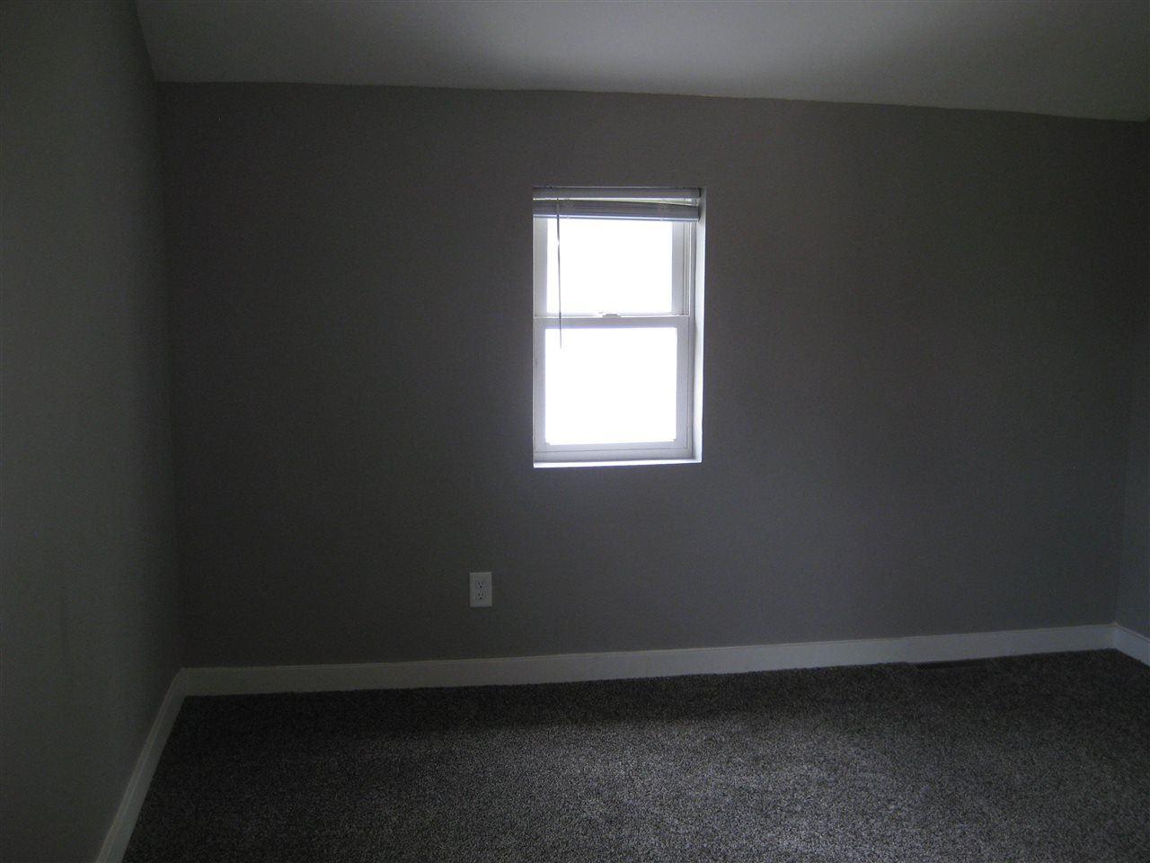 f_1913247_02 Real Estate in 53534 zip code