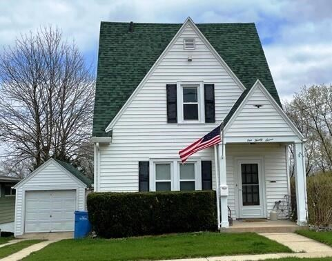127 N Concord Ave, Watertown, WI 53094 - #: 374249