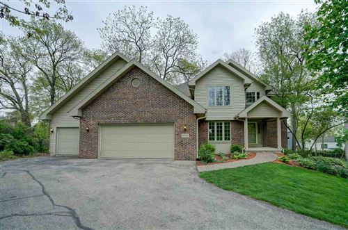 Photo of 3024 Woodland Tr, Middleton, WI 53562 (MLS # 1883253)