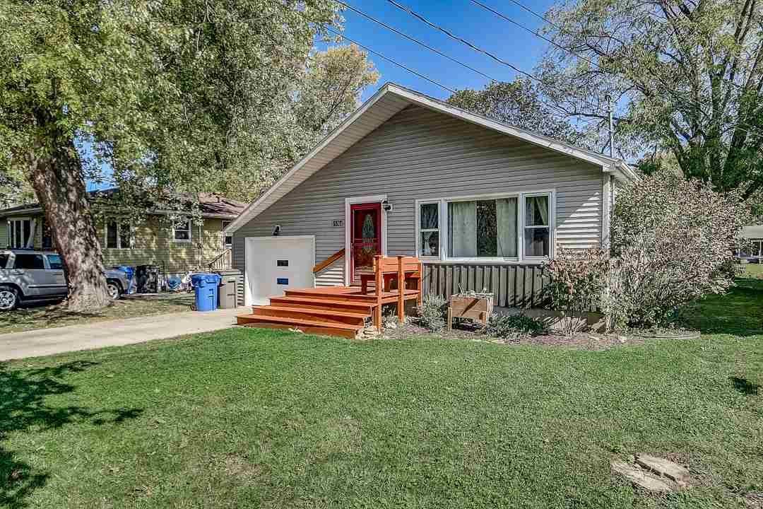 5704 Tecumseh Ave, Monona, WI 53716 - #: 1895253