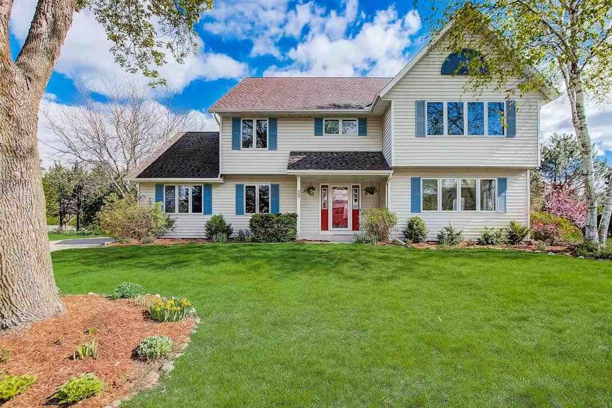 33 Bishops Hill Cir, Madison, WI 53717 - #: 1908253