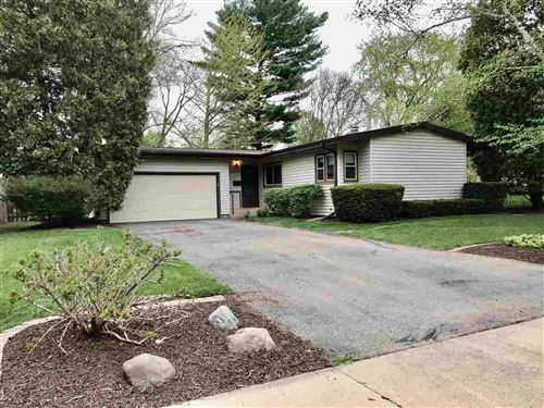Photo of 2213 Tanager Tr, Madison, WI 53711 (MLS # 1909254)