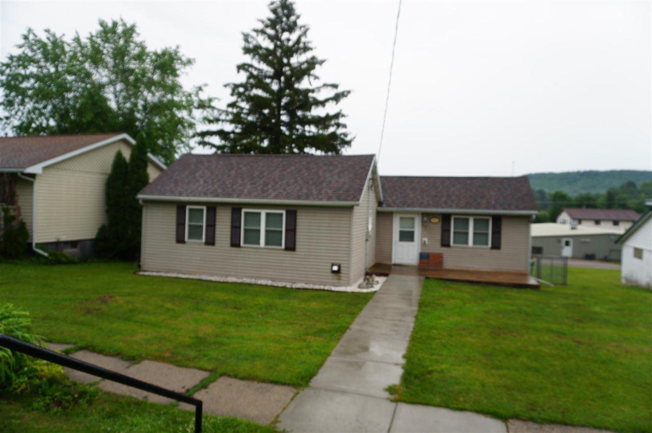 113 E Hall St, Kendall, WI 54638 - #: 1913257