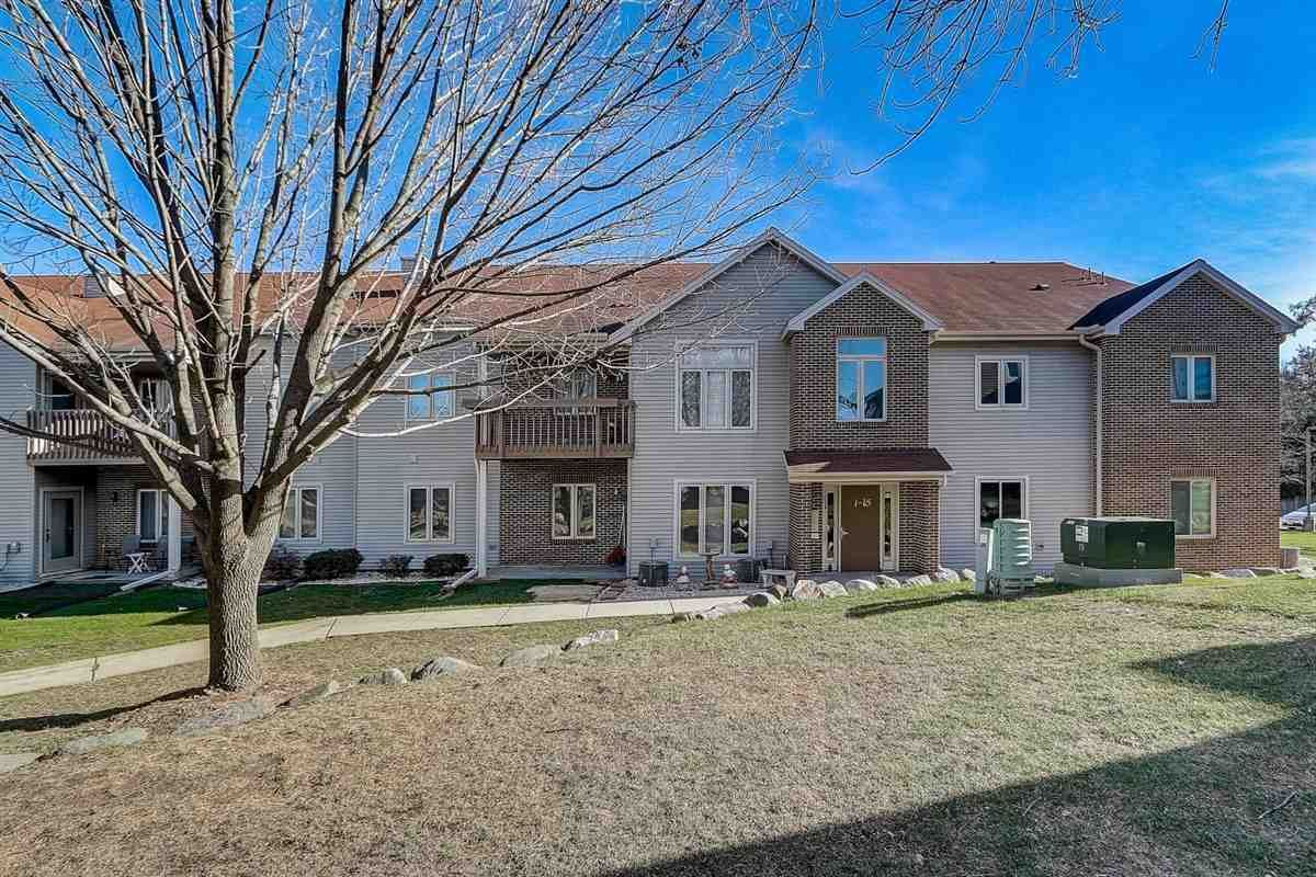 5 Park Heights Ct, Madison, WI 53711 - #: 1898258