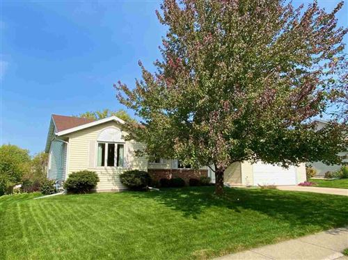 Photo of 712 Eaglewatch Dr, DeForest, WI 53532 (MLS # 1894259)