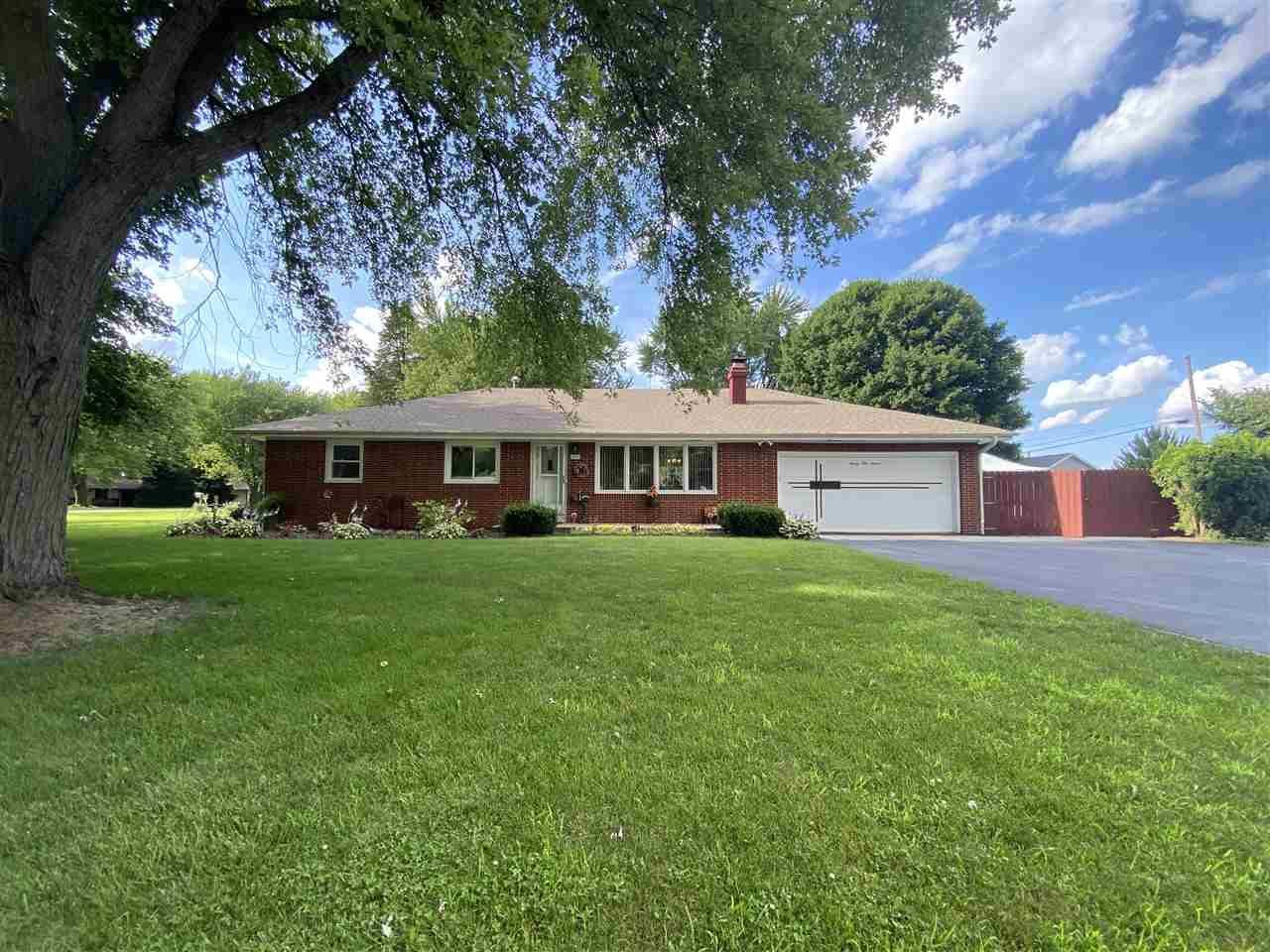2111 Murphy Woods Rd, Beloit, WI 53511-2644 - #: 1888261