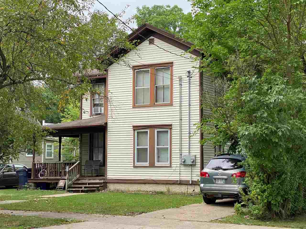 451 Pearl St, Janesville, WI 53548 - #: 1915263