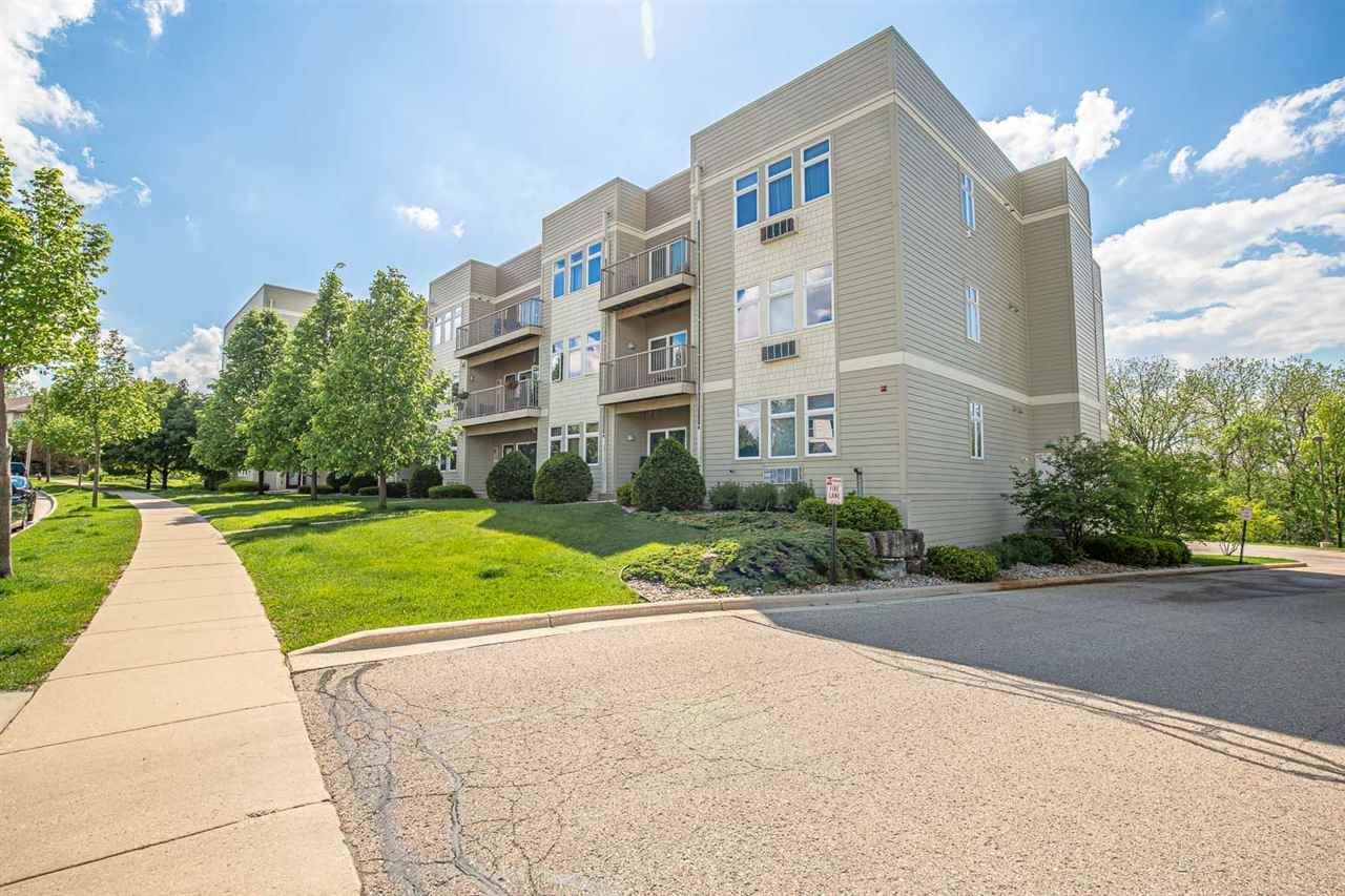 8206 Starr Grass Dr #205, Madison, WI 53719 - #: 1884264