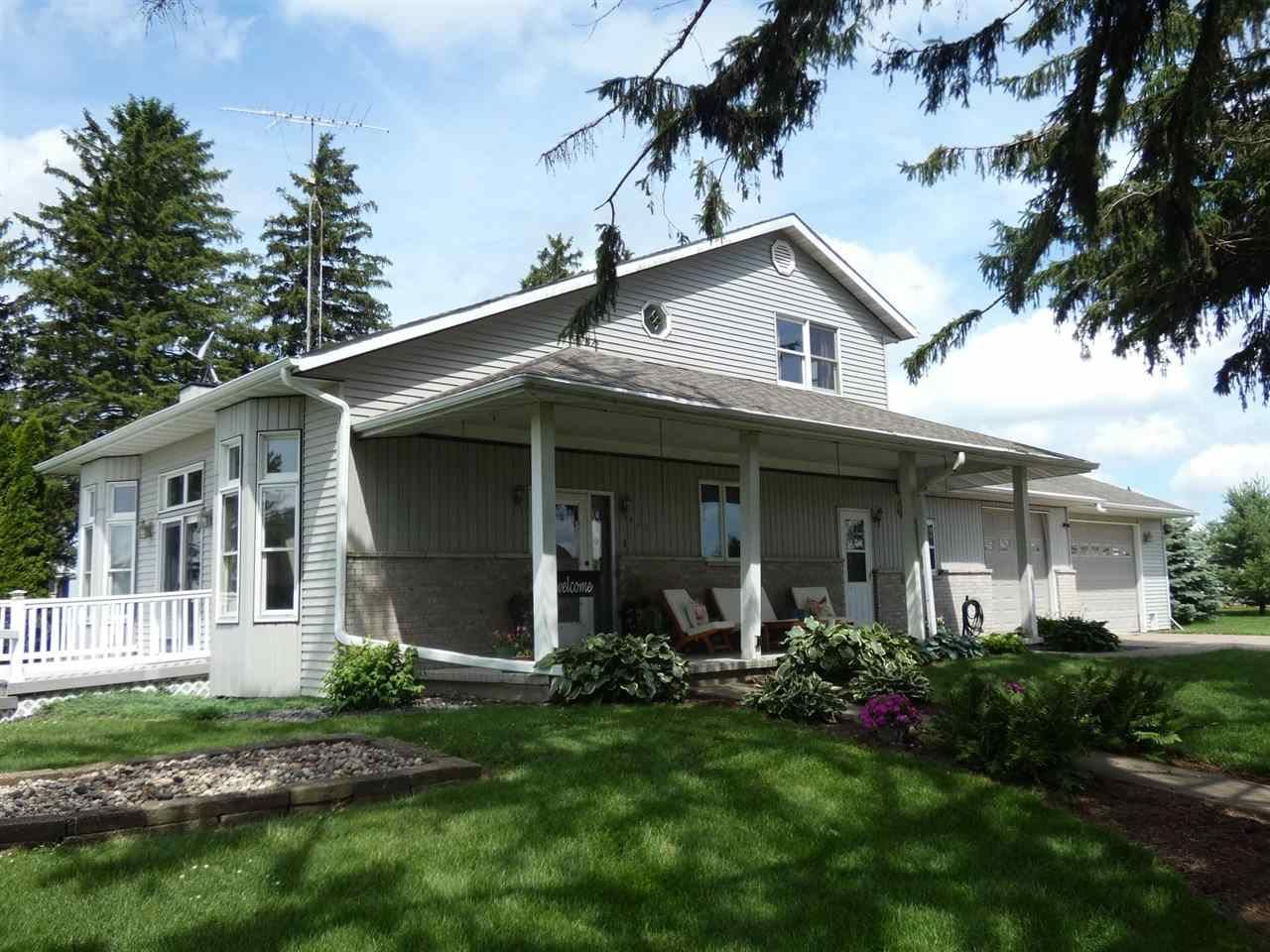 410 County Road H, Cuba City, WI 53807 - #: 1887265